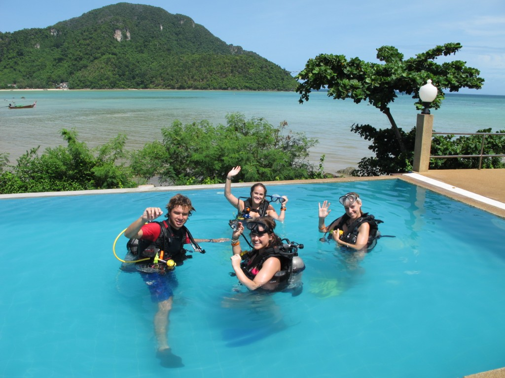 Discover scuba diving,,Pool Training Phi Phi Island