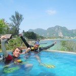 discover scuba diving Pool Diving Confined Water