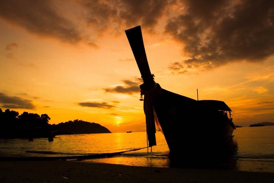 sunset longtail thailand