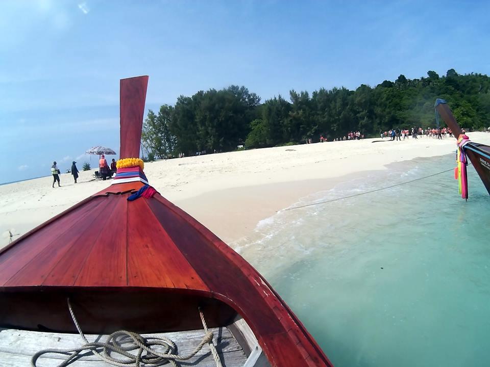 longtail boat rental, phi phi, bamboo island