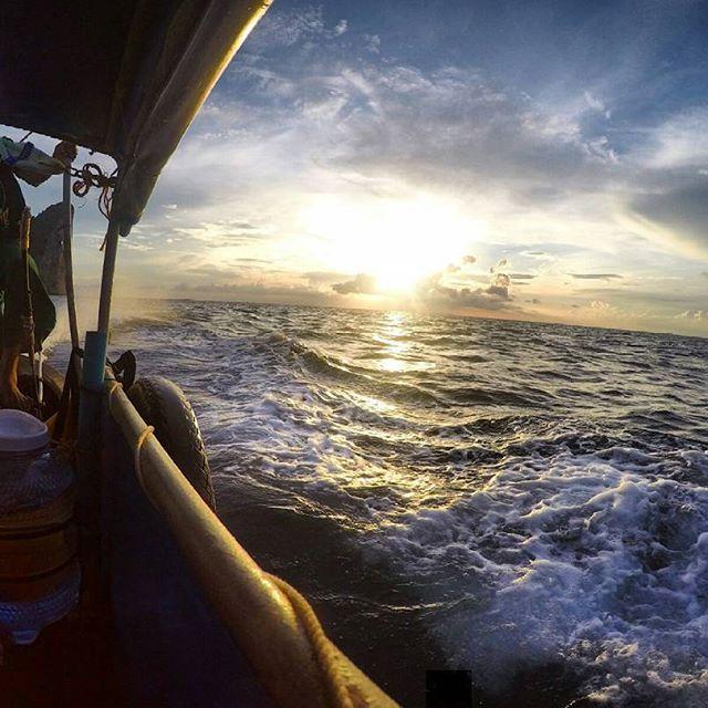 snorkel tour phi phi
